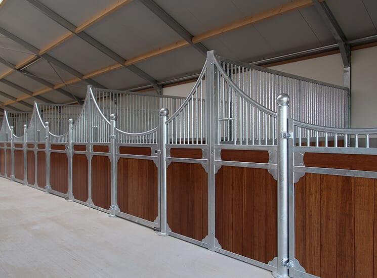 prefab paardenstal wand - luxe stalwanden paardenbox