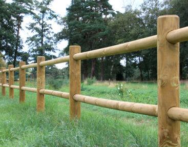 Veelzijdige houten omheining voor afrastering tuin
